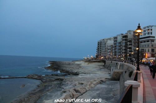 Скалистый берег Мальты