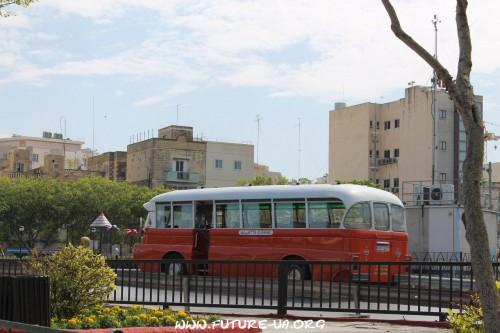Мальтийский автобус